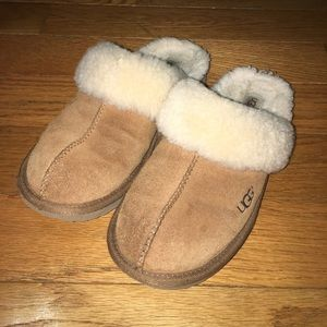 Authentic UGGS slippers